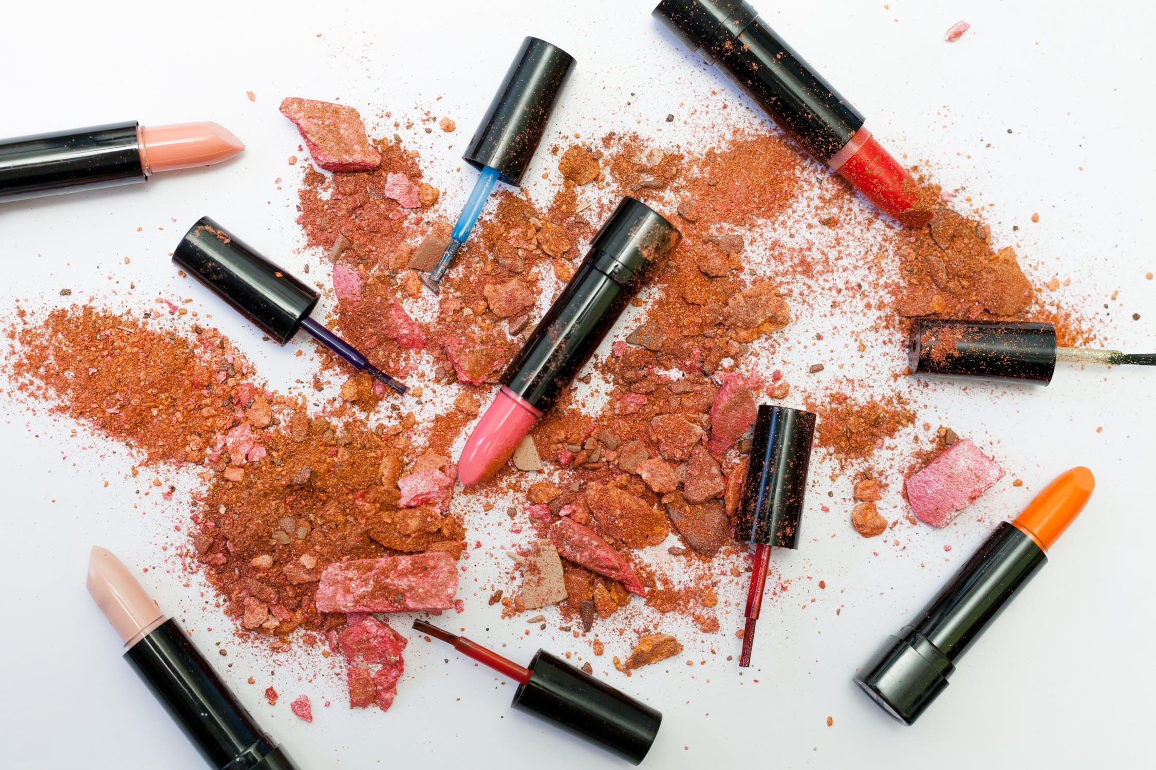 b52fdb880e72 Faut-il acheter (ou non) du maquillage pas cher   - blog mode Paris ...